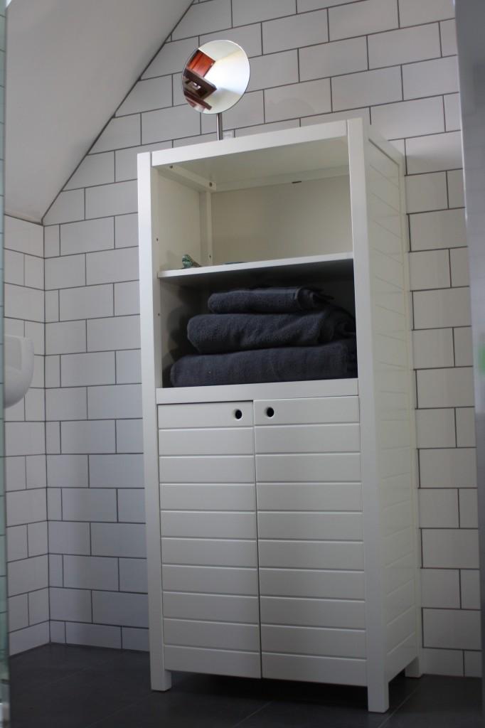 Bathroom, 365