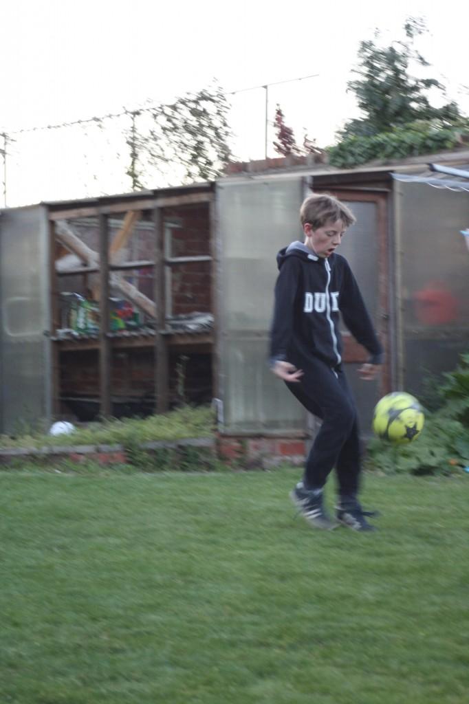 Son, football, 365