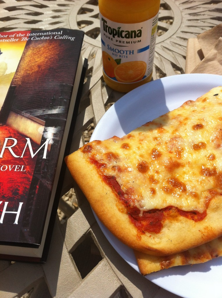 Pizza, lunch, book, 365