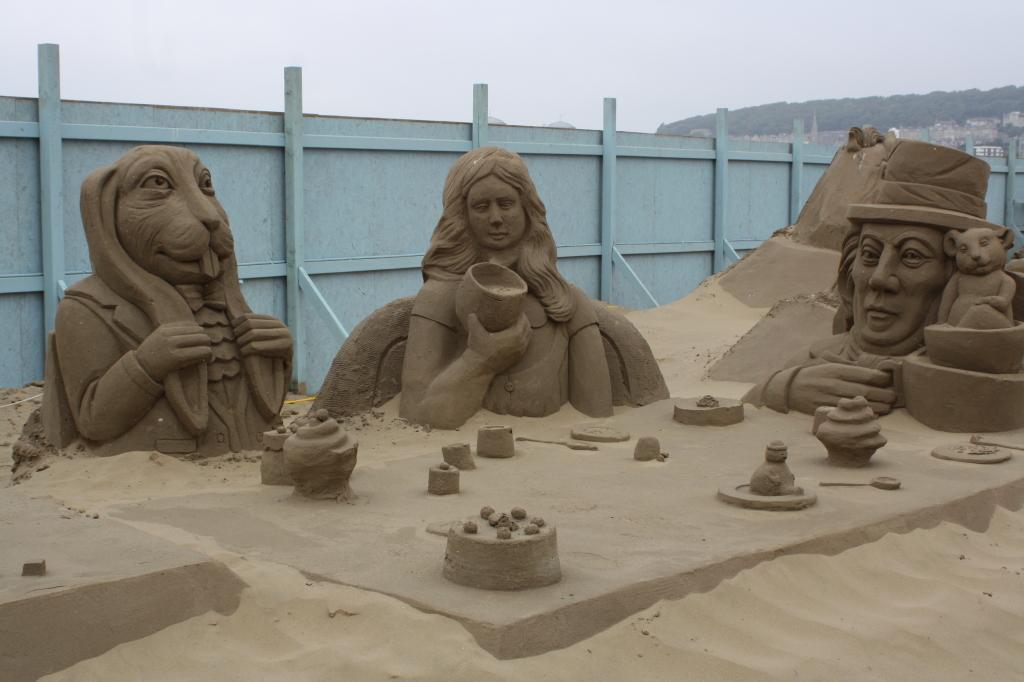 Sand sculpture, Weston, Alice in Wonderland, 365