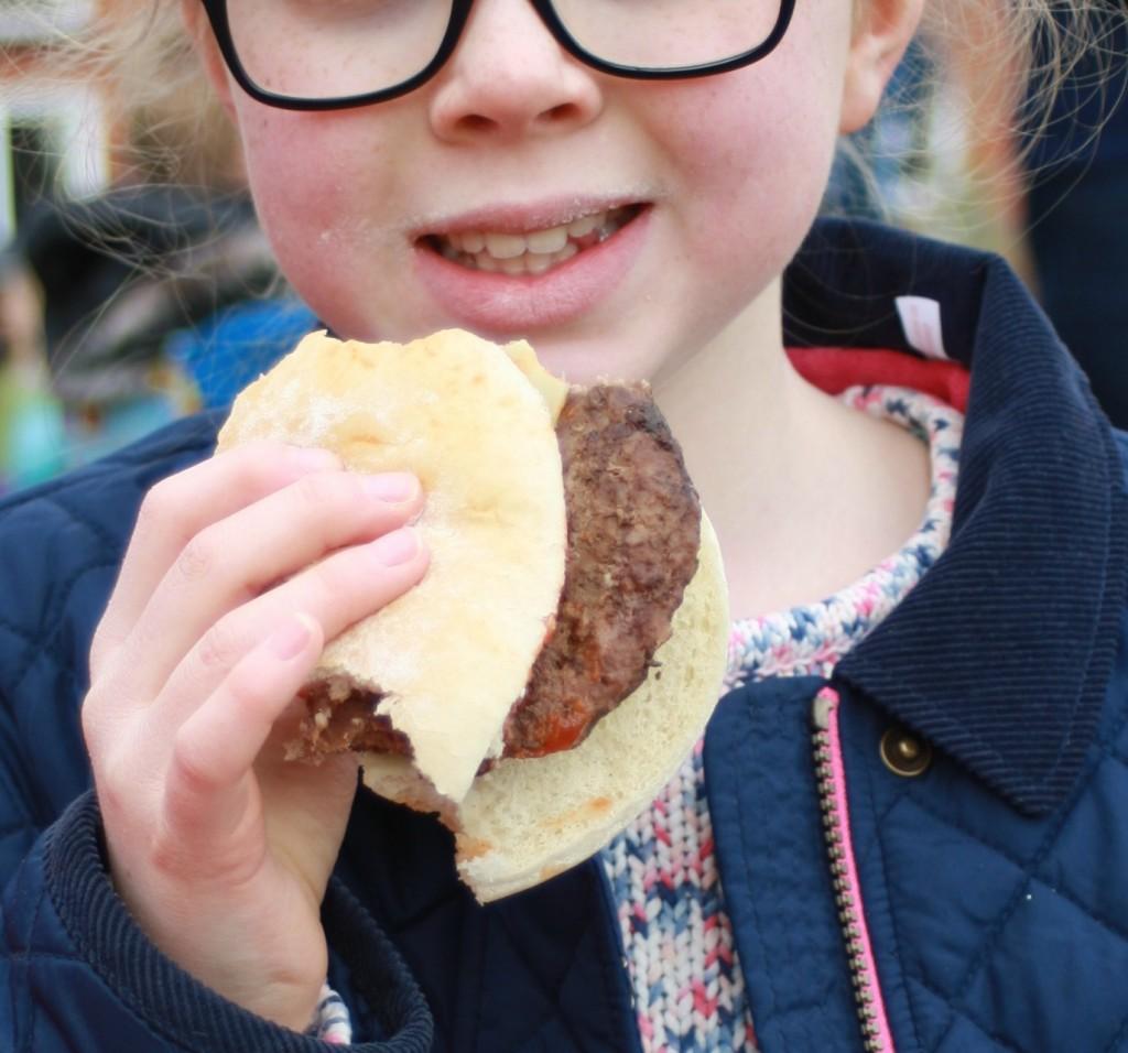 Daughter, burger, 365