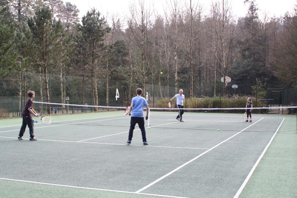 Tennis, Tennis court, Center Parcs, Center Parcs activities, Family, Holiday