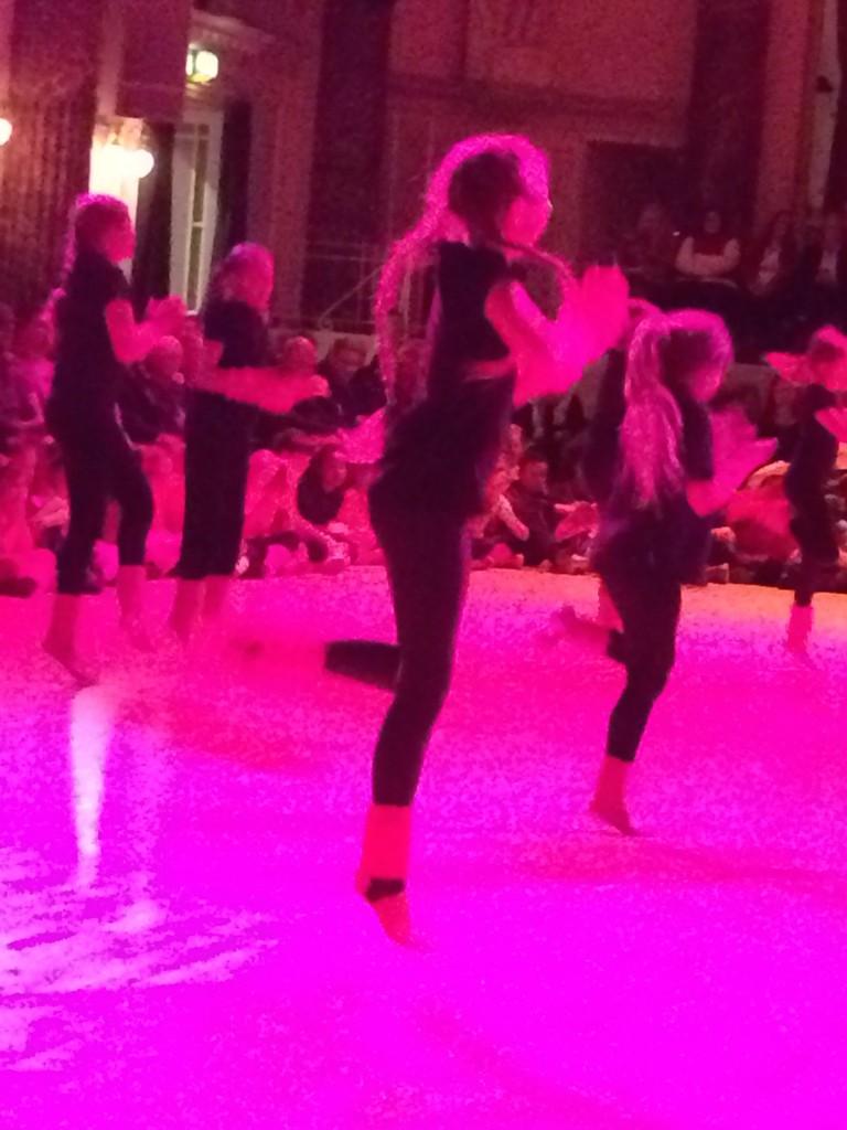 Daughter, Dance, Dance festival, 365, 366