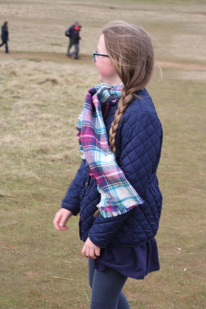 Daughter, Walking, Hill, 365, 366