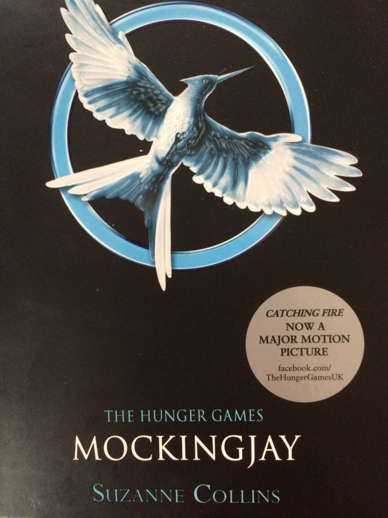 Mockingjay, Book review, Suzanne Collins, The Hunger Games