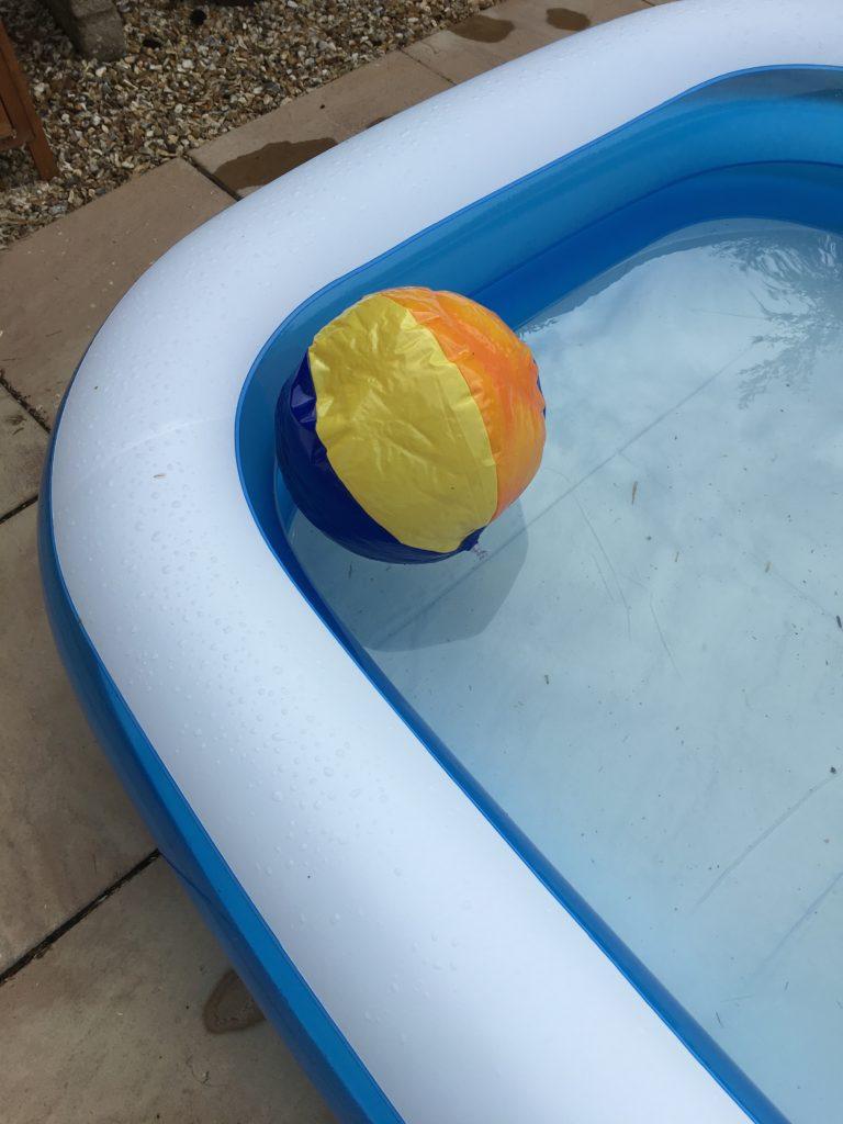 paddling pool, 365