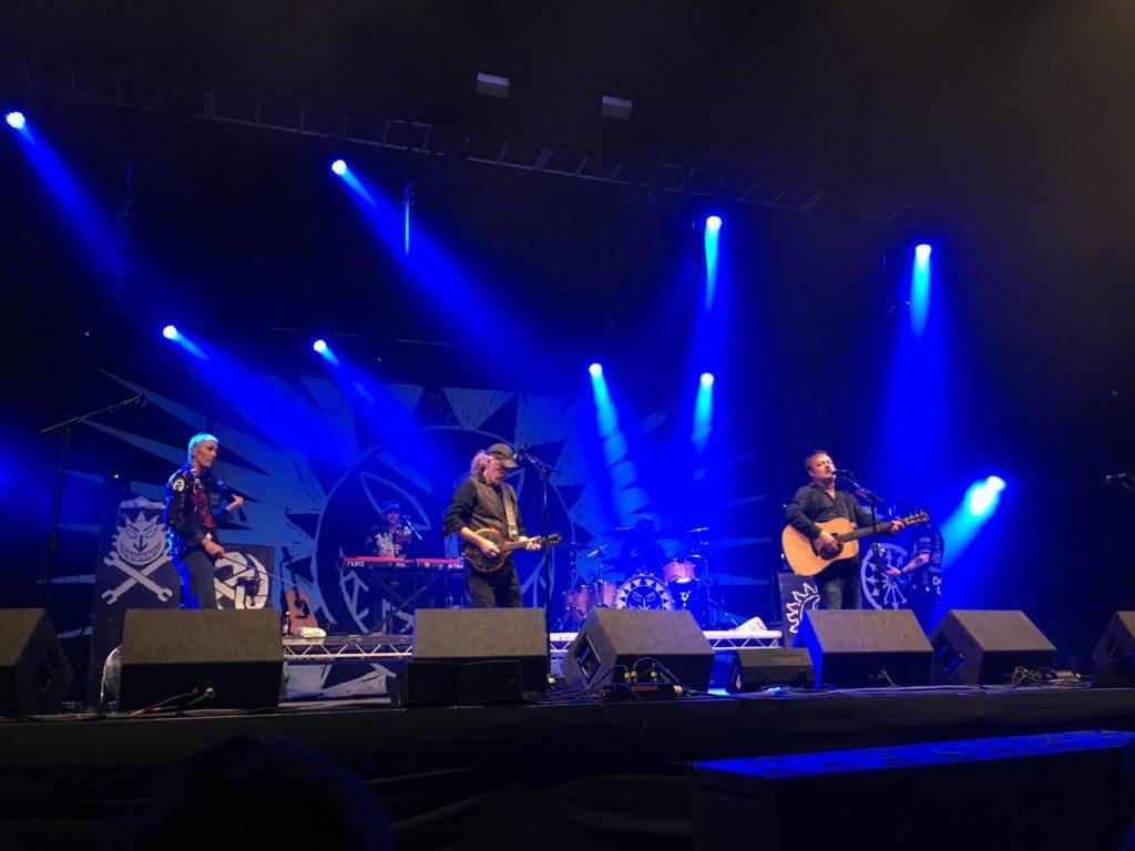 Levellers, Wychwood Festival, 365