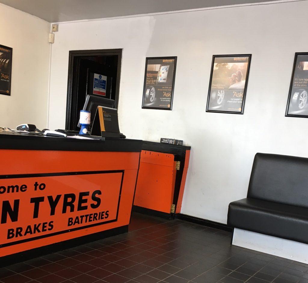 Tyre centre, Tyre, Car, 365