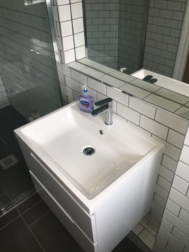 Sink, Mirror, New bathroom, Ensuite, The new ensuite bathroom