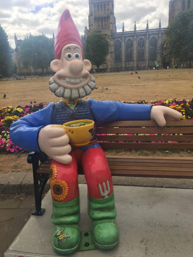 Wallace, Gnome Sweet Gnome, Gromit Unleashed 2, Bristol