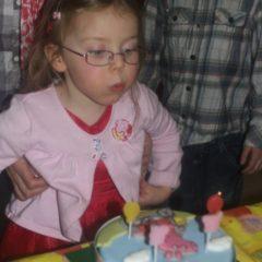 Happy birthday, 13 year old girl!