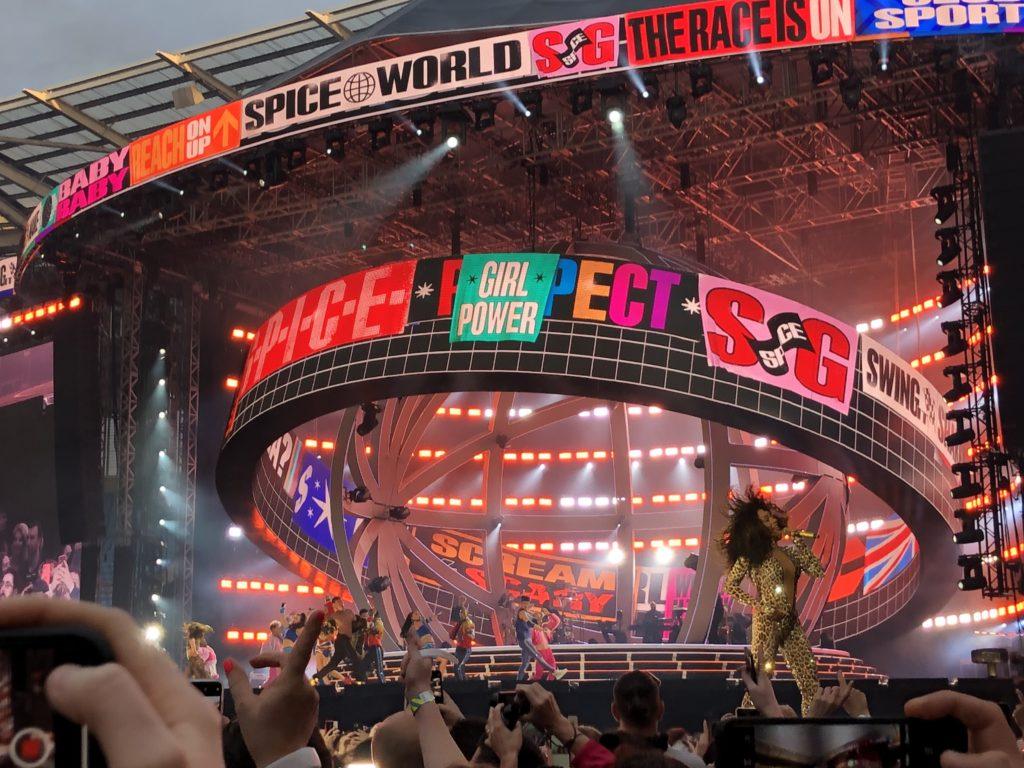 Mel B, Spice Girls, Spice World tour, 365