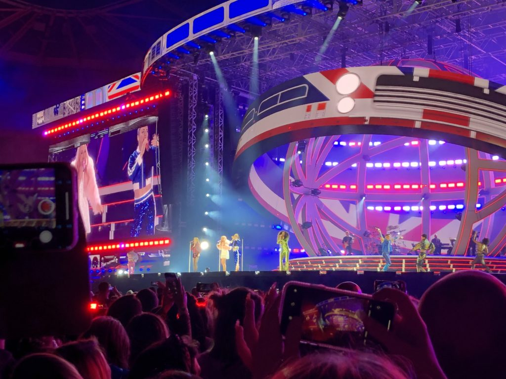 Spice Girls, Spice World tour, Coventry, Ricoh arena, Spice Up Your Life