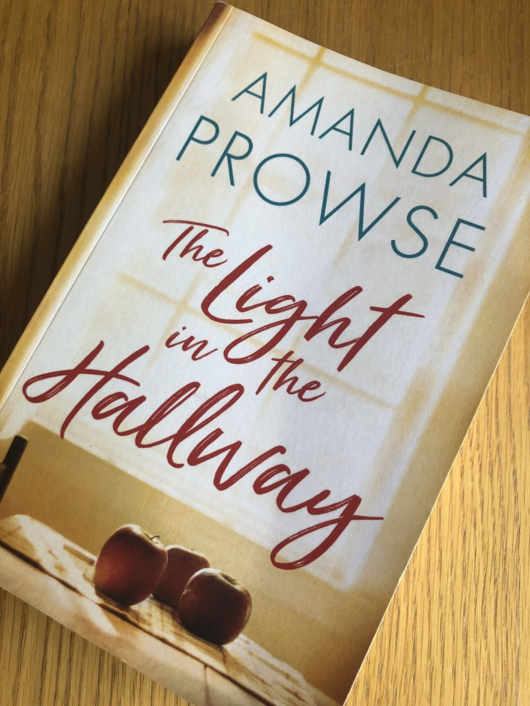 The Light in the Hallway, Amanda Prowse, The Light in the Hallway by Amanda Prowse, Book review