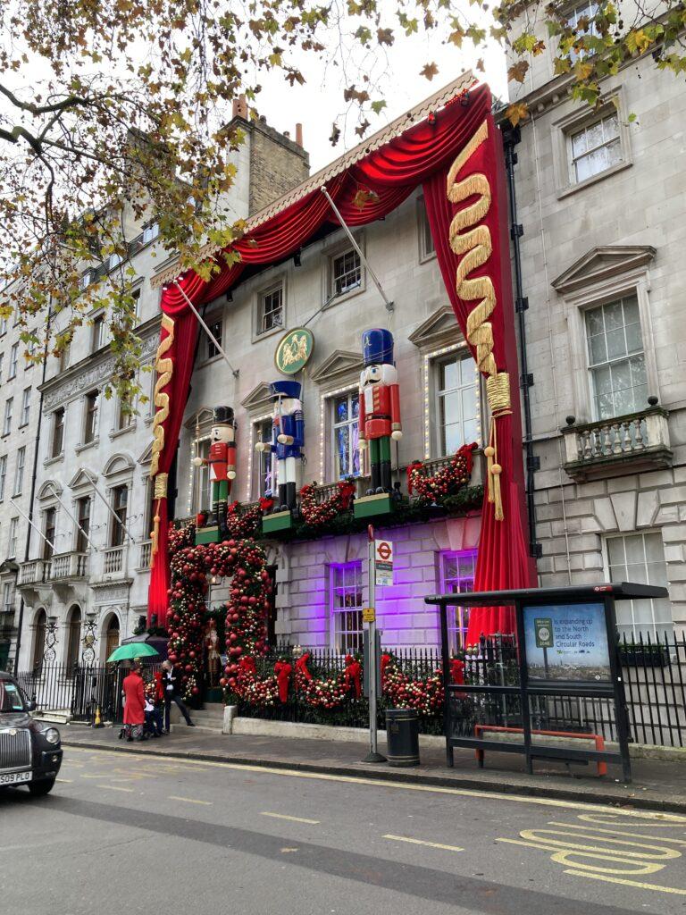 Annabel's, London, Christmas, Christmas decorations, Silent Sunday, My Sunday Photo