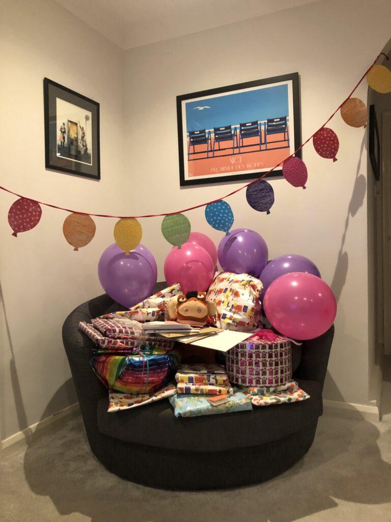 Birthday presents, Balloons, Birthday, 15th birthday, Silent Sunday, My Sunday Photo, Pumba