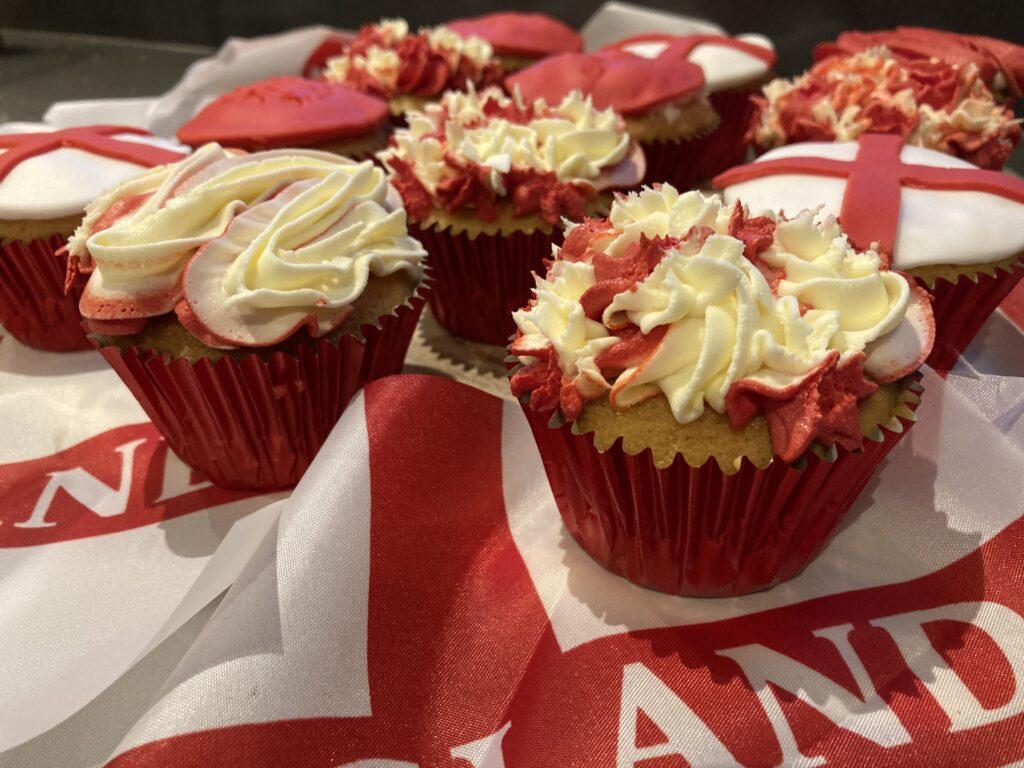 England cupcakes, Cupcakes, Baking, Home baking, My Sunday Photo, Silent Sunday